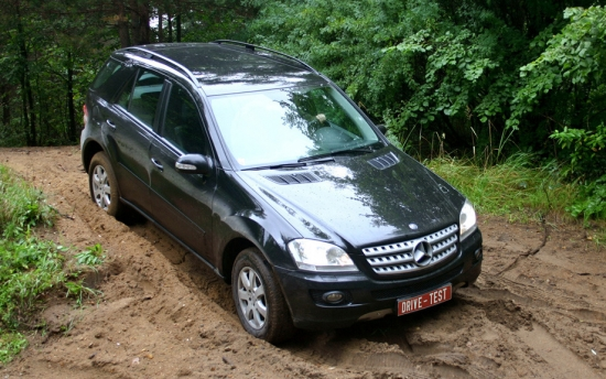 Test Drive Mercedes-Benz M-class (ML350) in off-road conditions