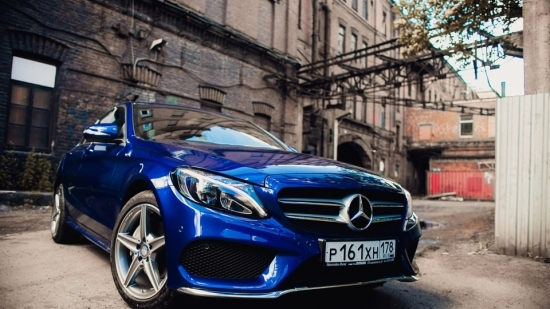 Designo Manufaktur program allows you to paint Mercedes-Benz in any color